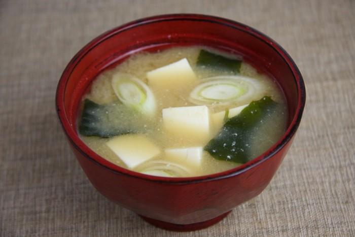 2、一日一杯のお味噌汁で健康的な発酵食生活をはじめよう